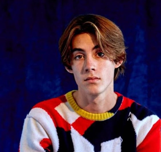 Kevin Perry Biography,Measurements,Age,Height,Weight,Net Worth,Family,Profile,Facts